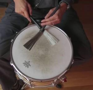 XAVIER ROGÉ : pour apprendre à jouer de la batterie rapidement