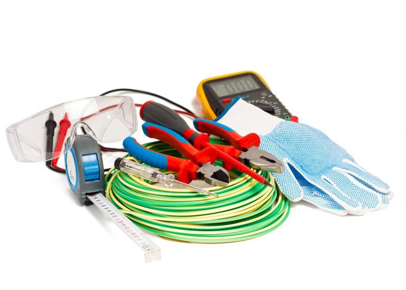 Où s'équiper en appareils et matériels électriques ?