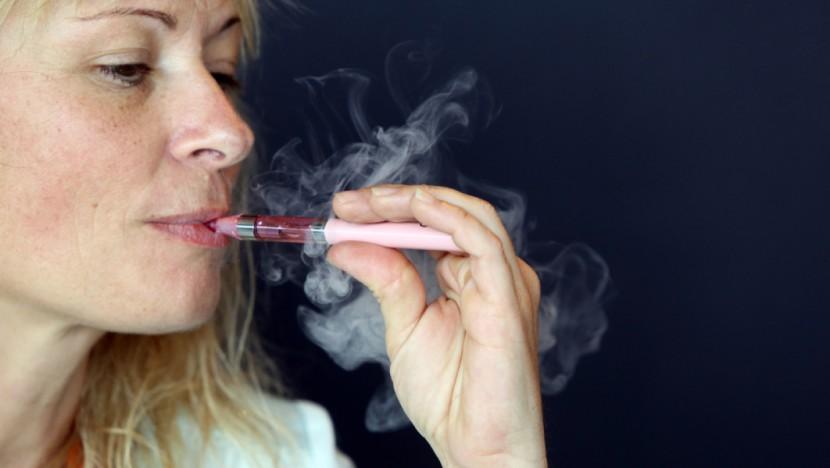 La cigarette électronique va-t-elle échapper aux lourdes taxes longtemps ?