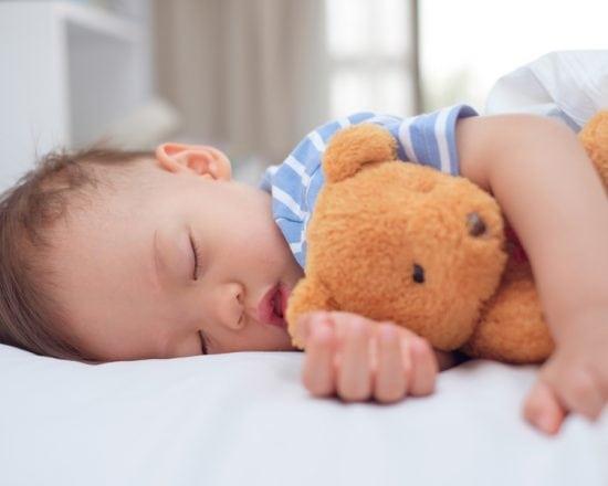 Offrez le luxe à votre enfant, permettez-lui de dormir sur un matelas bébé naturel pour un sommeil sain et sécurisé